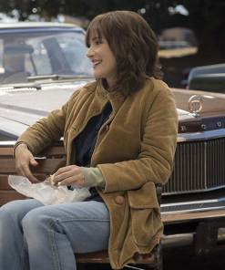 stranger-things-winona-ryder-coat