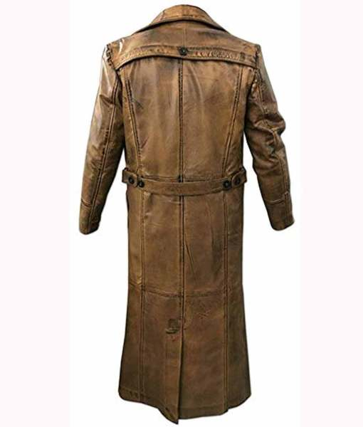 murder-on-the-orient-express-edward-ratchett-coat