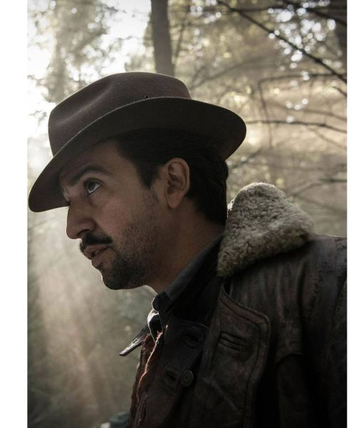 lee-scoresby-his-dark-materials-coat-with-fur-collar
