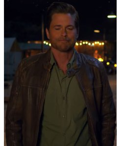 holiday-in-the-wild-derek-leather-jacket