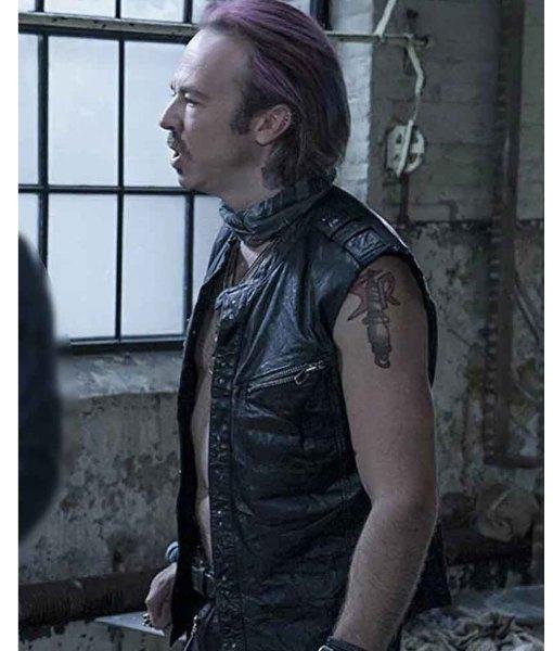 puck-leather-vest