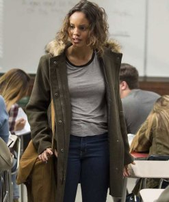 13-reasons-why-jessica-davis-parka