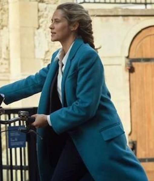 teresa-palmer-a-discovery-of-witches-diana-bishop-blue-coat