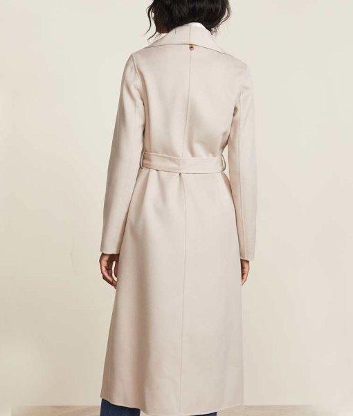 rachael-leigh-cook-love-guaranteed-susan-whitaker-white-coat