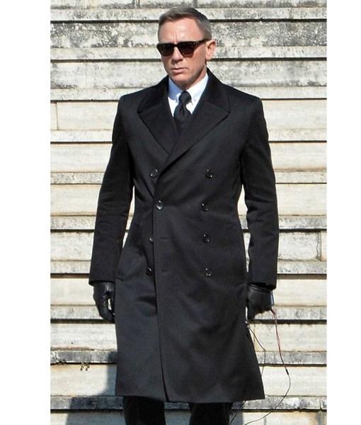 daniel-craig-double-breasted-coat