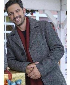 a-timeless-christmas-ryan-paevey-coat