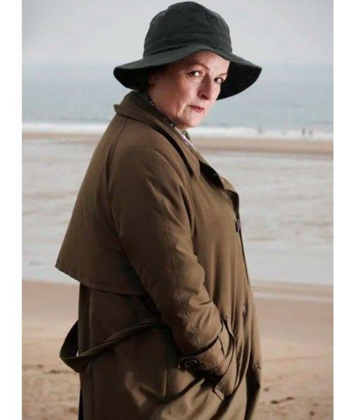 vera-brown-coat