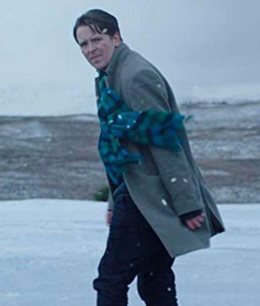 lost-at-christmas-coat