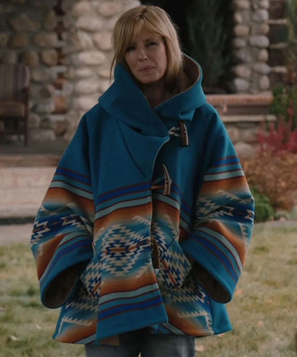 kelly-reilly-blue-coat