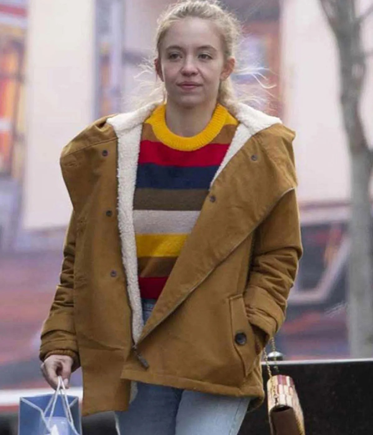 sydney-sweeney-the-voyeurs-jacket