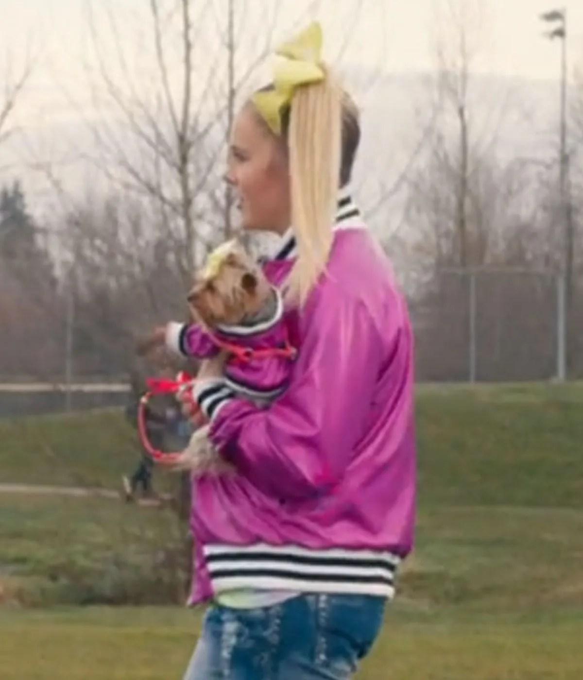 the-j-team-jojo-siwa-pink-jacket