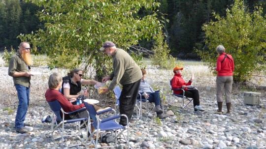 A BBQ lunch on the banks of the Stikine River.
