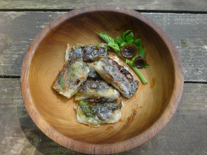 Hogweed, ground elder & jelly ear spring rolls