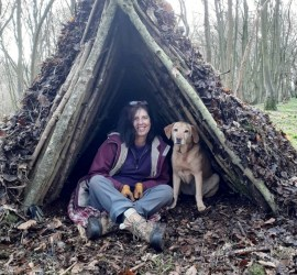 Building an A Frame debris shelter | survival shelter | bushcraft shelter | Kent | Lomndon | south east