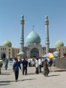 Jamkaran Mosque (courtesy of mahdiwatch.org)
