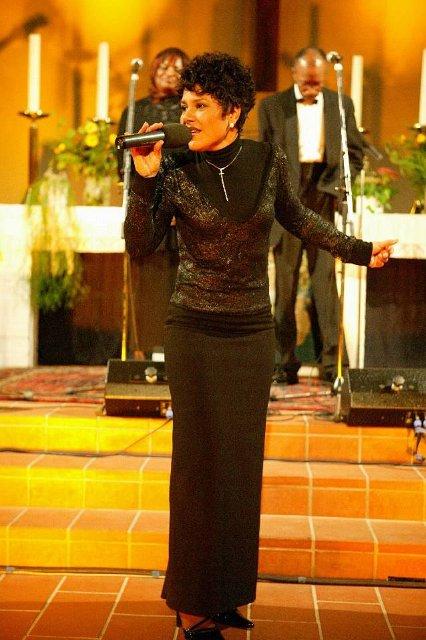 2007_Carolyne2