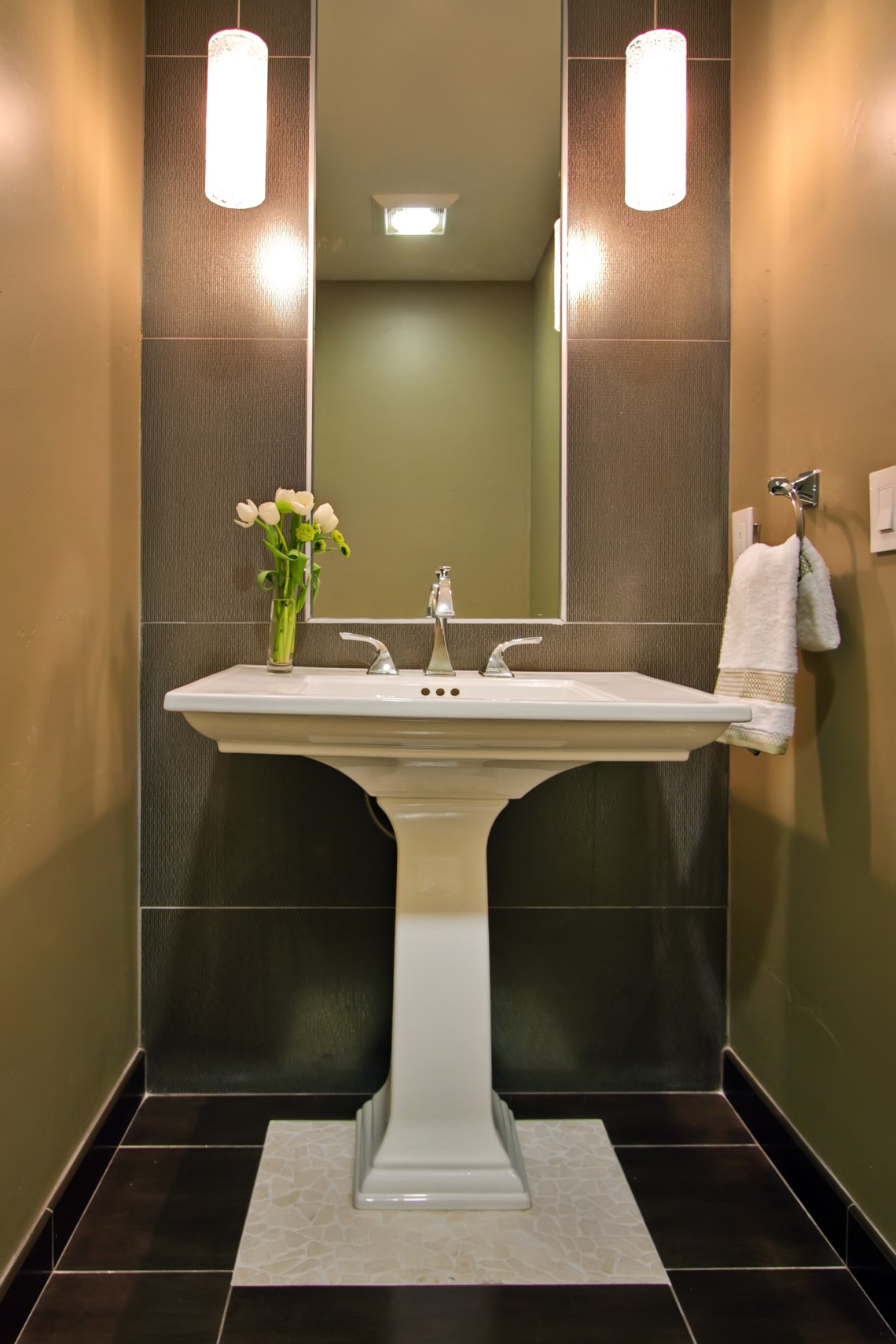 Big Ideas in Small Spaces: 3 Ways to Make Your Powder Room ...