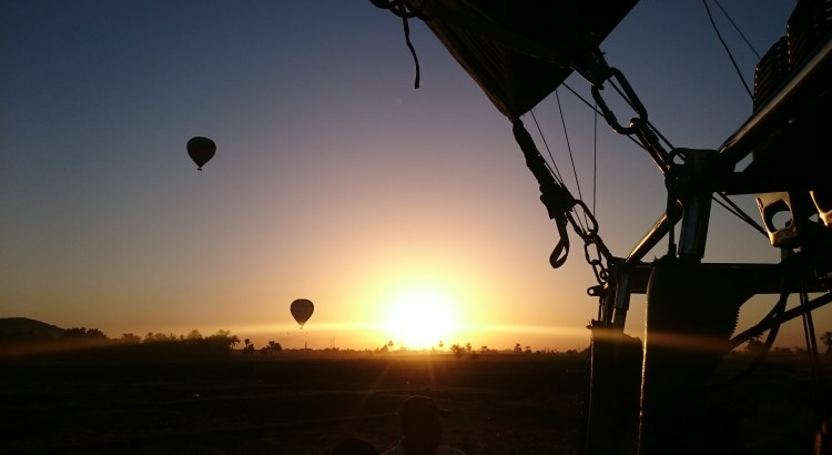 Hot Air Balloons Descending