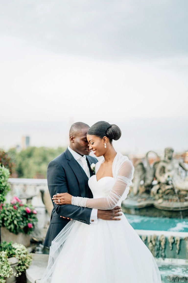 Wedding Couple Photography in London at the Dorchester Hotel