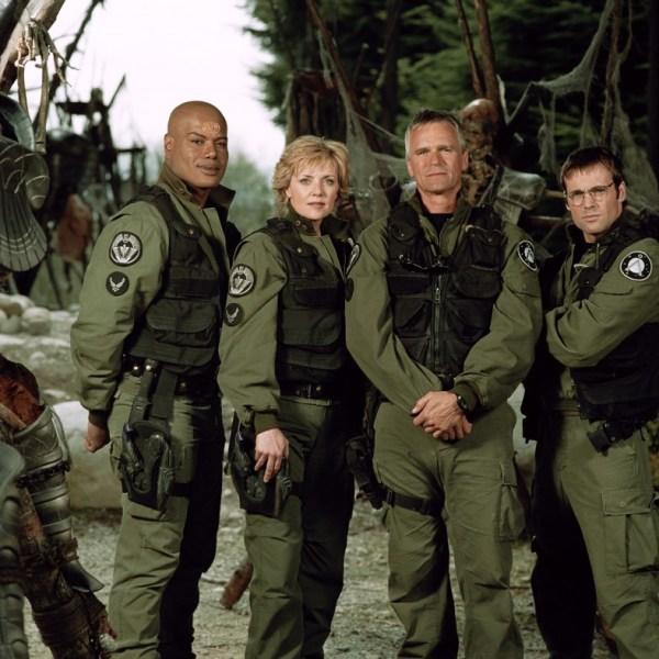 SG-1-S7-Team-Cast-1024x787