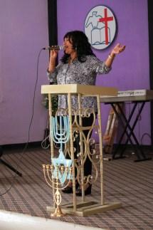 Coca's Wife leadeing worship