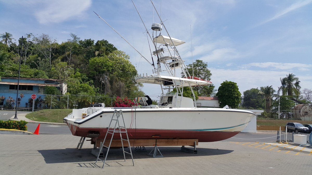 Venture 34 without outboard engines