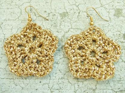 metallic gold flower earring