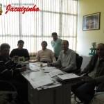 Prefeitura intercede para reinicio das obras das Casas Populares.