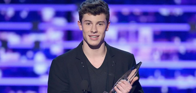 shawn-mendes-pca-performance