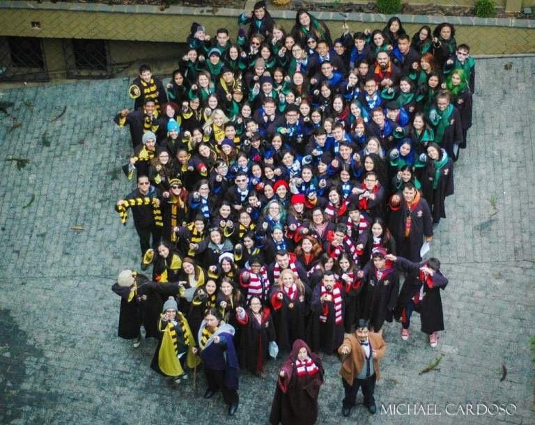 Harry Potter Hogwarts EMB Escola de Magia e Bruxaria Campos do Jordão Jade Seba