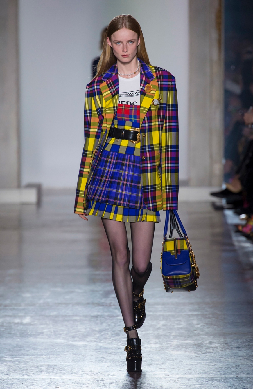 Look do filme As Patricinhas de Beverly Hills é tendência nas passarelas da Semana da Moda
