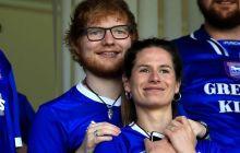 Ed Sheeran confirma casamento com Cherry Seaborn em novo álbum e faz declaração linda para a esposa durante entrevista
