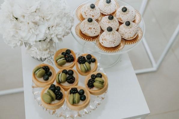 casamento-civil-jade-seba-e-bruno-guedes-miniwedding-verde-e-branco-foto-dois-ramos3