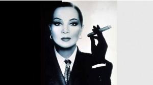 Vintage Fumando Espero