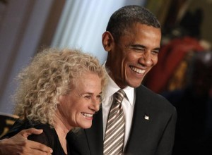 Presidente Obama y Carole King en entrega de Gershwin Prize