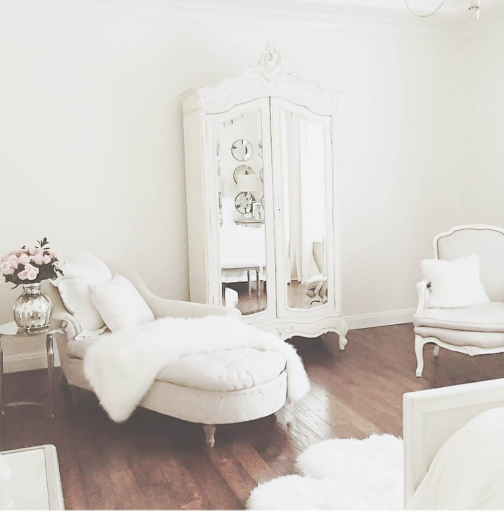 10 Most Pretty  Inspirational Bedroom Must Haves  Jadore