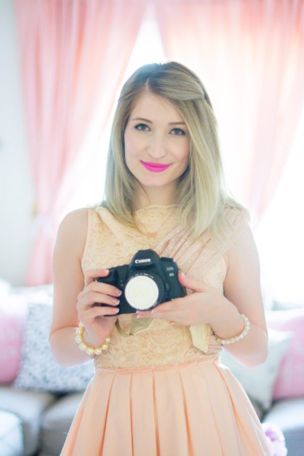 The Most Best Girly Girl Essentials For Being Camera Ready