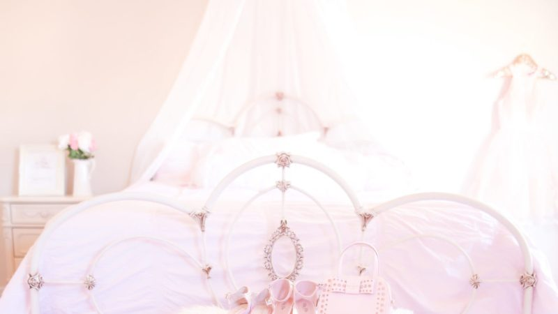 Must-Haves For A Beautiful & Feminine Bedroom