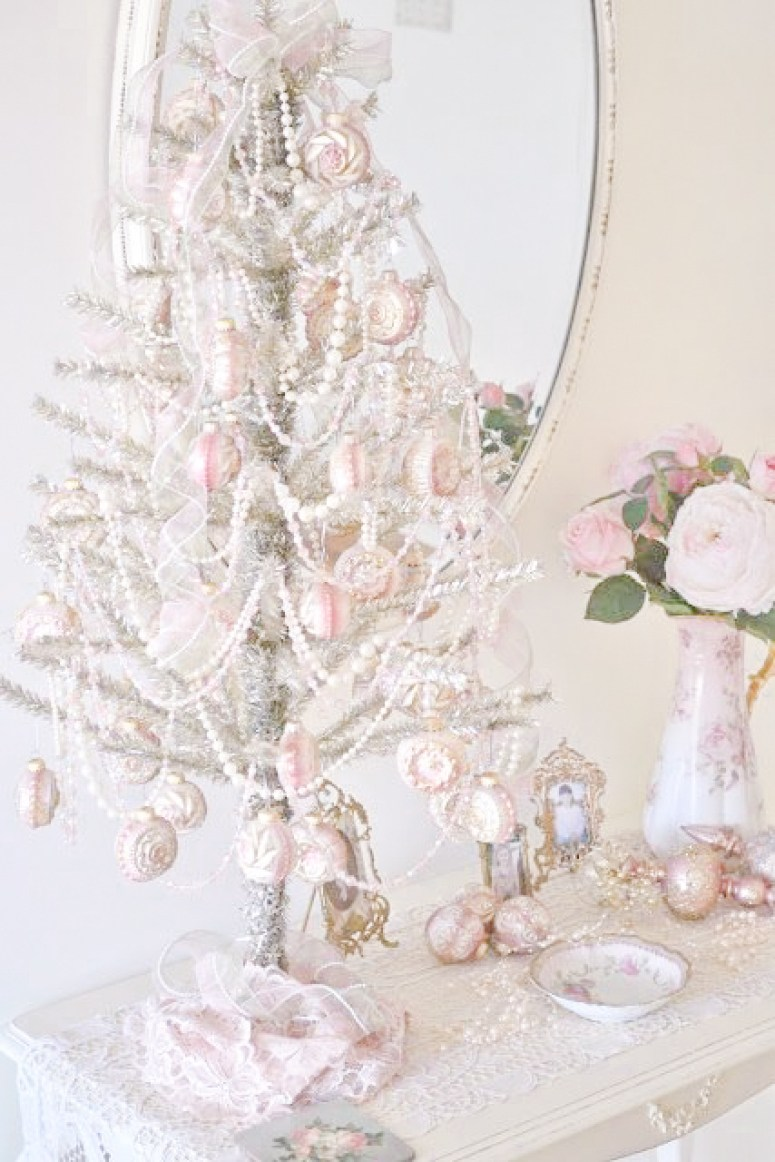 10 Most Pretty & Inspirational Christmas Decor Must-Haves