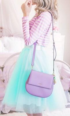 How To Dress Feminine Casual