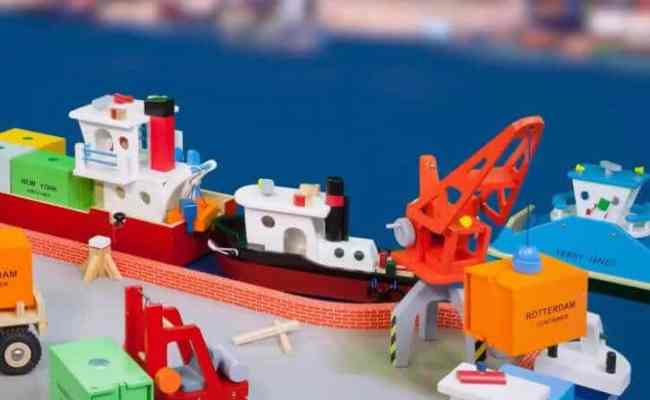 New Classic Toys Wooden Container Ship Jadrem Toys