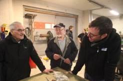 Rasmus og Arnt Espen i diskusjon med Ivan Kristiansen