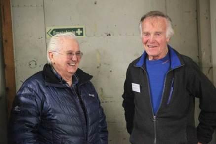 John Skogøy sammen med Gordon.