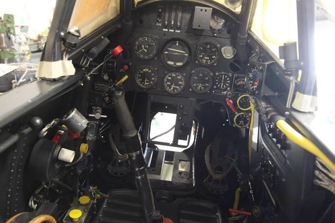 Montering av utstyr i cockpiten er kommet langt