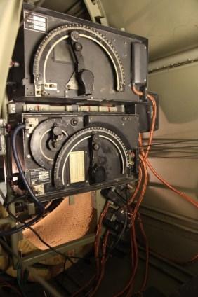 Radioene er nå montert inn i flyet