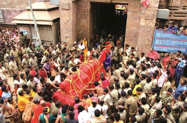Daru of Lord Balabhadra reaches Koili Baikuntha