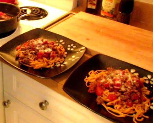 Spaghetti Bolognese is an Easy Recipe for Two