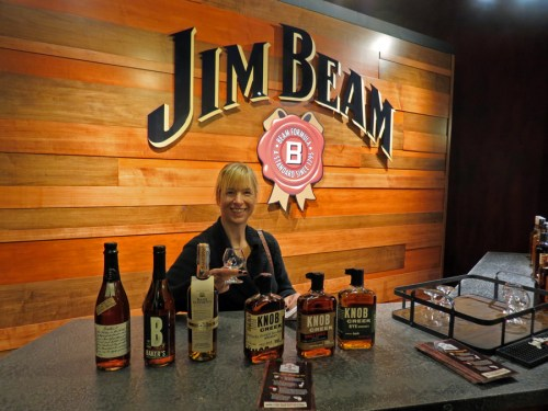 Jim Beam Bartender - Bourbon Tour