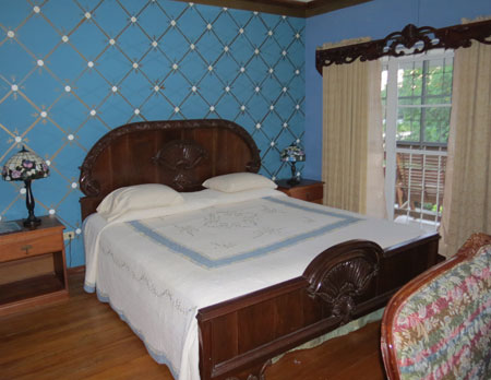 Blue Room at the B&B in Belize City, Belize