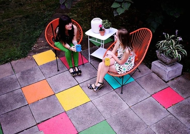Colorful outdoor tiles DIY project